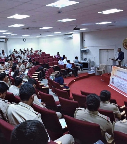 Nightingales Medical Trust creating awareness among police personnel
